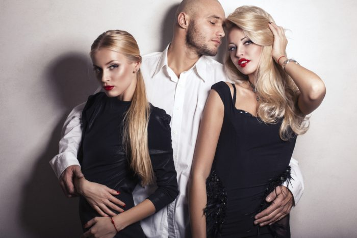 Scientists told how many people crave threesome sex