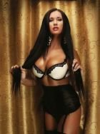 Angelique escorts local men and tourists in Singapore