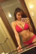 Cheap escort girl Bea sees her clients in Singapore